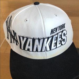 Nike NY Yankees SnapBack hat